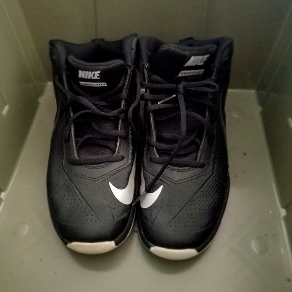 Nike Shoes | Team Hustle D7 55 Youth